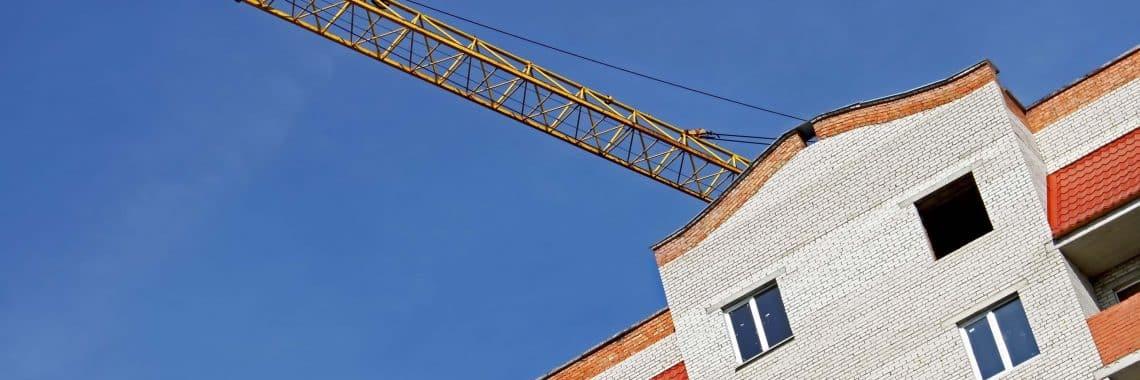 seguros construcción. Edificación de unas viviendas